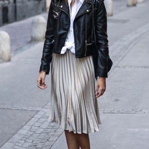 Dresses & Skirts - silver metallic pleated midi skirt grey gray 2 XS